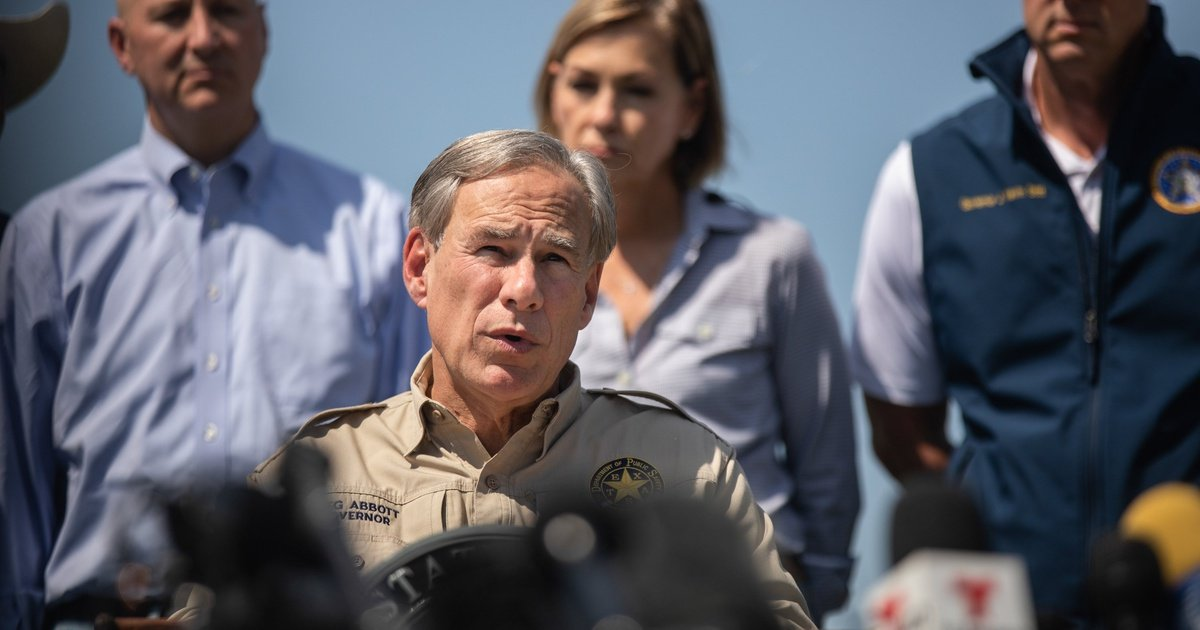 Texas Gov. Greg Abbott bans 'any entity' from enforcing a COVID-19 vaccine mandate